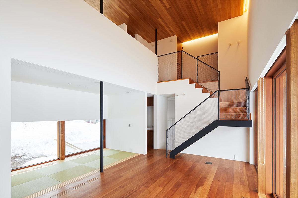 地域の素材や技術を生かしながら、建築環境をデザイン