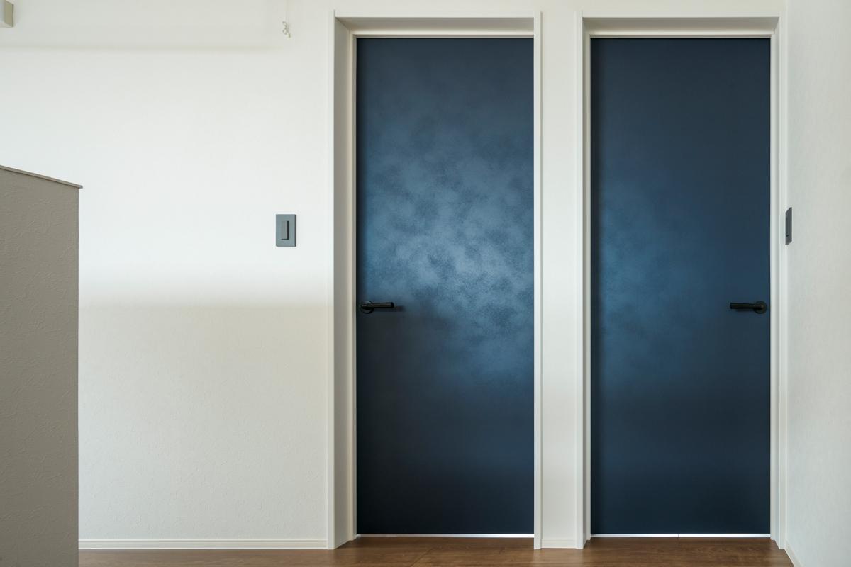 ドアの下に1cmほどのスリットを設けて、各部屋の空気を循環させるのが今は一般的