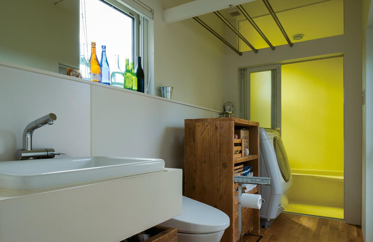 トイレ=個室という考えにくくられず、水まわりは一つの個室にまとめられた