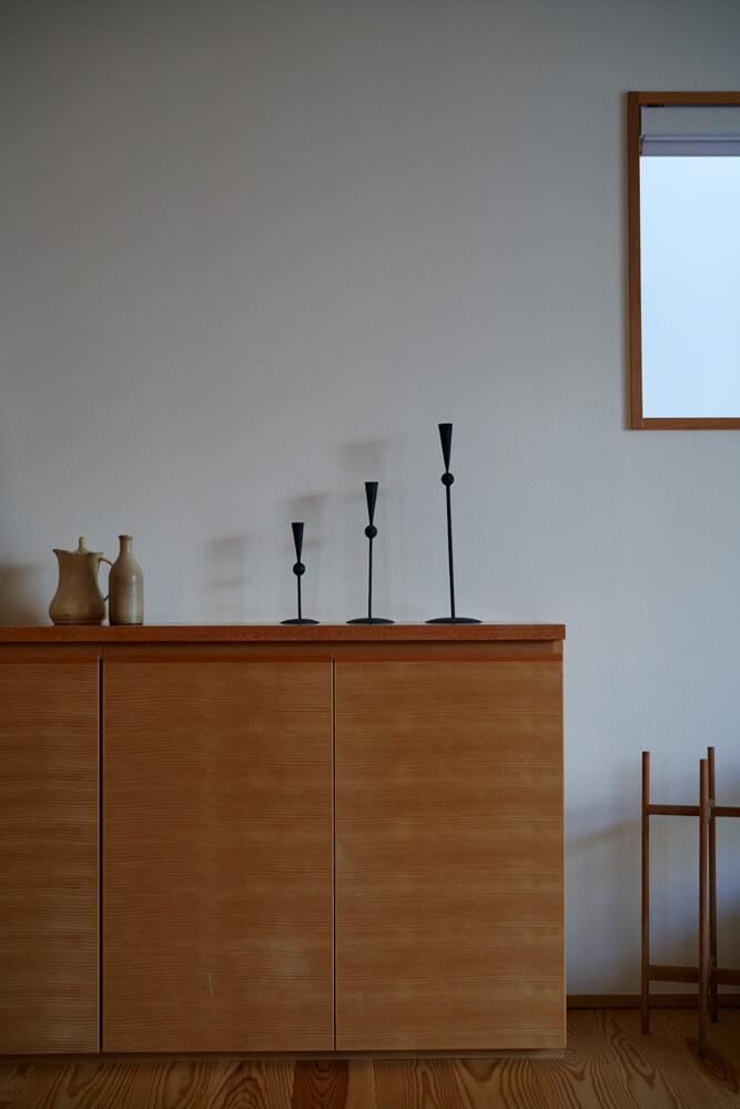 収納家具も建物に合わせて設計。使い勝手が良いのはもちろん、室内に統一感が生まれるのもメリット