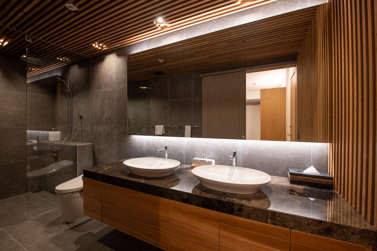 6つのゲストルームすべてにバスルームがあり、来客をもてなす